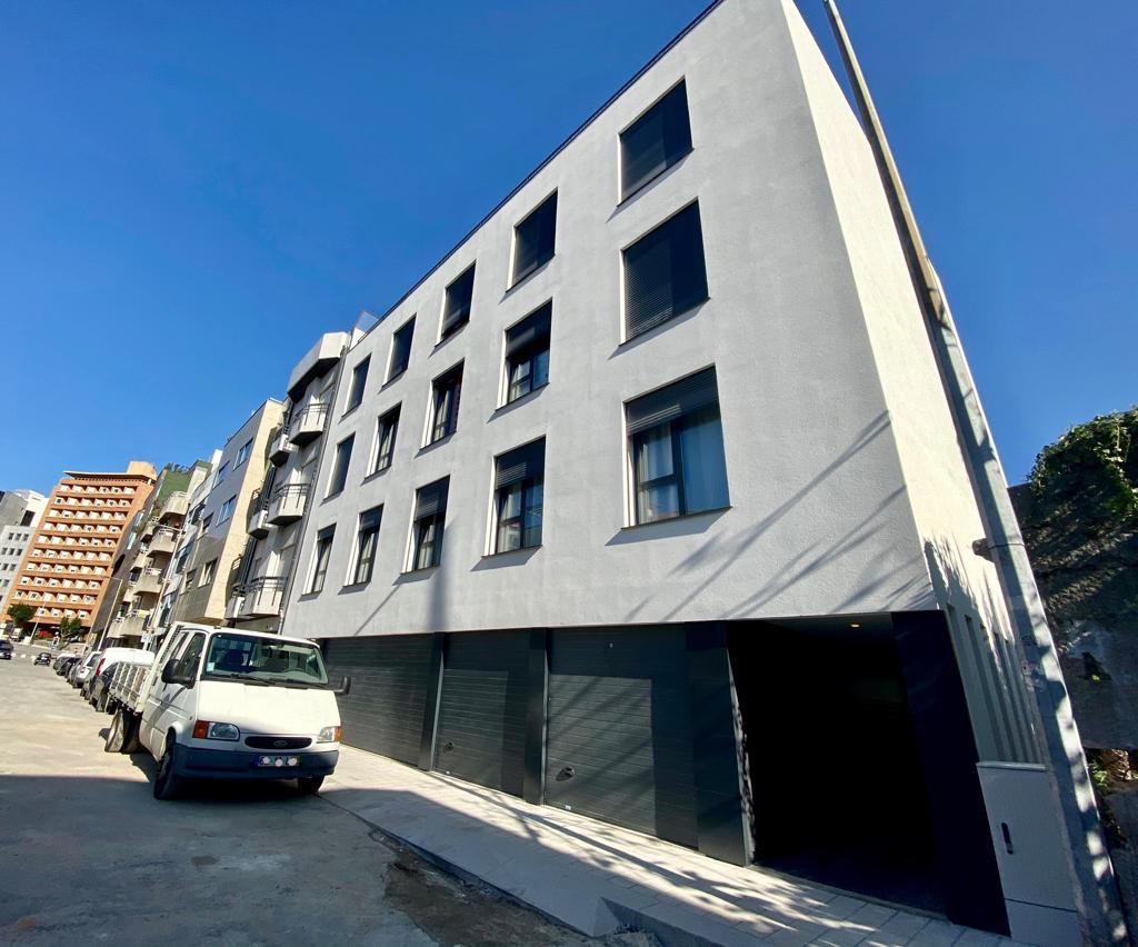 Apartamentos NOVOS T1 junto à rotunda da Boavista, Porto