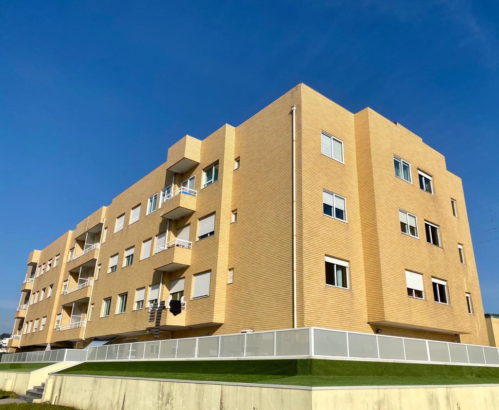 Apartamento T2 remodelado em Fânzeres