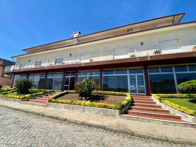 Apartamento T3 de 3 frentes em Seroa, Paços de Ferreira